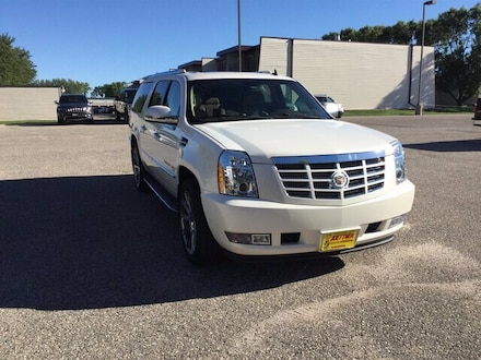 Featured Used 2009 Cadillac Escalade ESV ESV SUV for Sale near Fergus Falls, MN