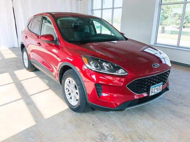 Used 2021 Ford Escape SE with VIN 1FMCU9G6XMUA16555 for sale in Alexandria, Minnesota
