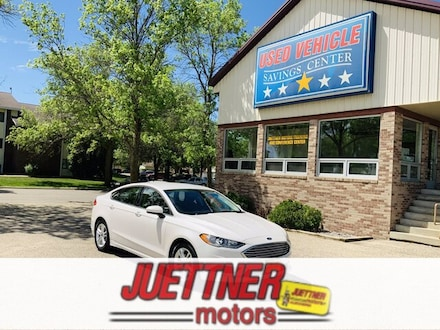 Featured Used 2018 Ford Fusion SE for Sale near Fergus Falls, MN