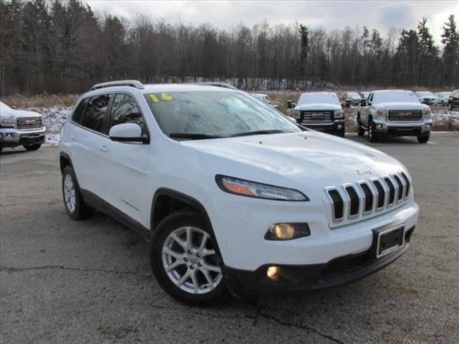 used 2016 jeep cherokee latitude for sale cleveland willoughby chardon oh. Black Bedroom Furniture Sets. Home Design Ideas