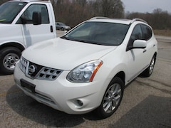 2013 Nissan Rogue SL AWD SV w/SL Package  Crossover