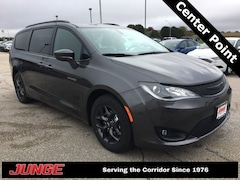New 2019 Chrysler Pacifica TOURING L PLUS Passenger Van 2C4RC1EG4KR540373 in Center Point, IA