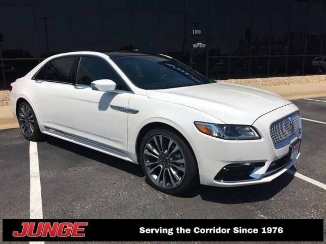 2018 Lincoln Continental Select w/ Plus Package, Climate Package, Perfect Position Seats Car