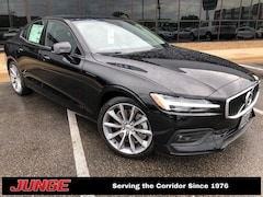2019 Volvo S60 T6 MOmentum w/ Premium Package, Advanced Package,  Sedan