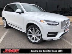 2019 Volvo XC90 T6 Inscription w/ Advanced Package, Heated seats & SUV