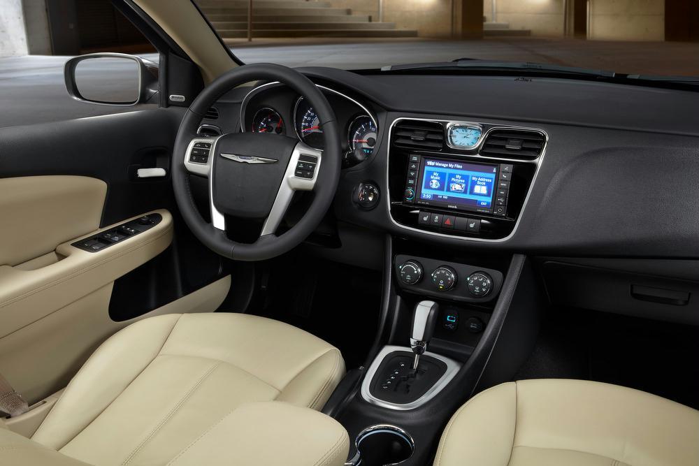 2013 Chrysler 200 Preview J D Power
