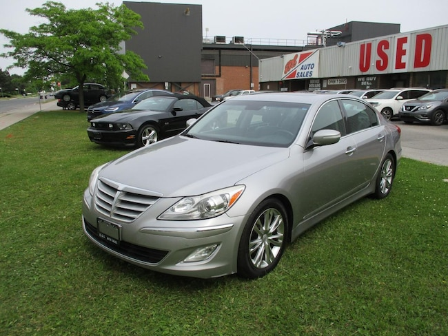 2012 Hyundai Genesis w/Premium Pkg~LEATHER~NAV.~ALL POWER OPTIONS Sedan
