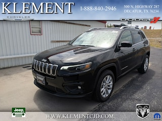 New 2019 Jeep Cherokee LATITUDE FWD Sport Utility 1C4PJLCB9KD221554 for sale in Decatur, TX