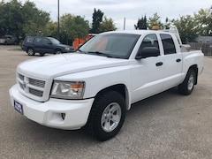2008 Dodge Dakota SXT Low Mileage Power Options Accident Free  Truck Crew Cab