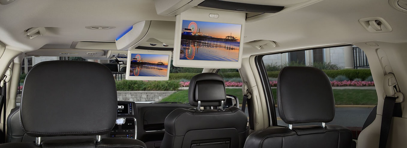 2016 chrysler town country review in sandusky oh. Black Bedroom Furniture Sets. Home Design Ideas