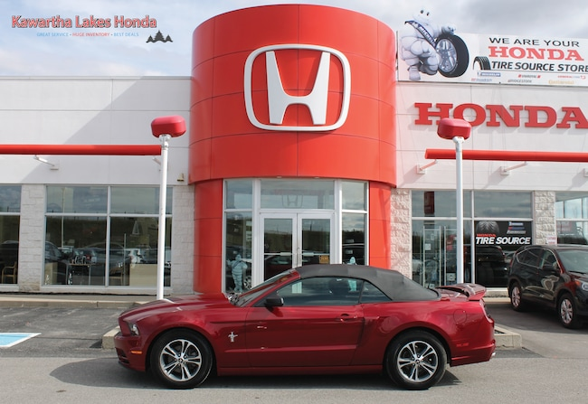 2014 Ford Mustang V6 Premium/ MINT SHAPE!!! Convertible