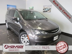 used 2017 Chrysler Pacifica Touring Van for sale in Sauk City