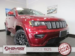 new 2019 Jeep Grand Cherokee ALTITUDE 4X4 Sport Utility for sale in Sauk City