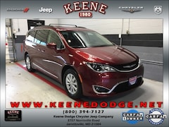 Certified Pre-owned 2017 Chrysler Pacifica Touring-L Van for sale in Jarrettsville, MD