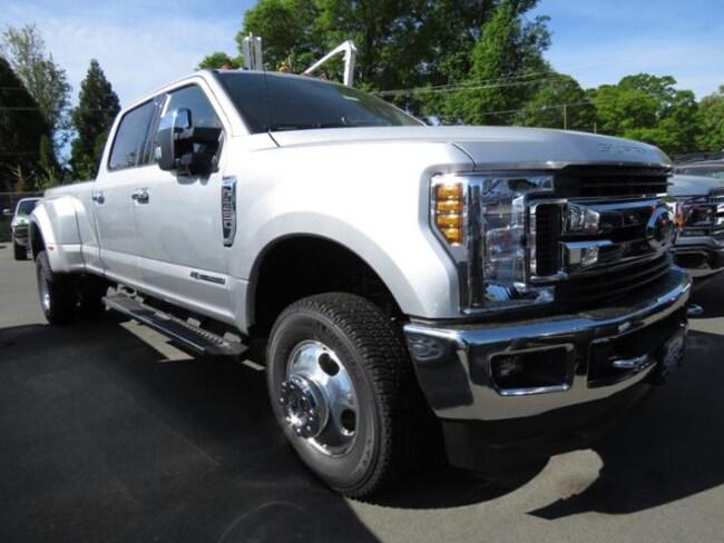 New 2019 Ford F-350 XLT Truck Crew Cab Belmont