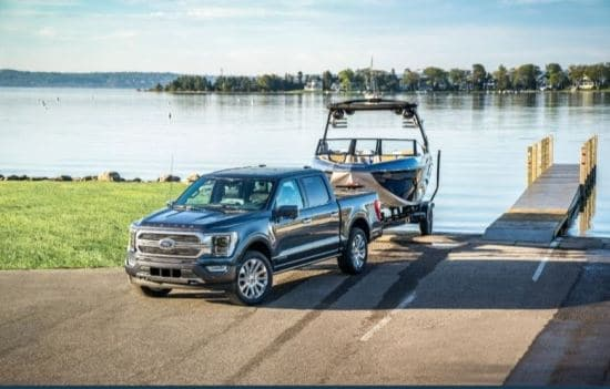 2021 Ford F-150 Putting Boat into Water
