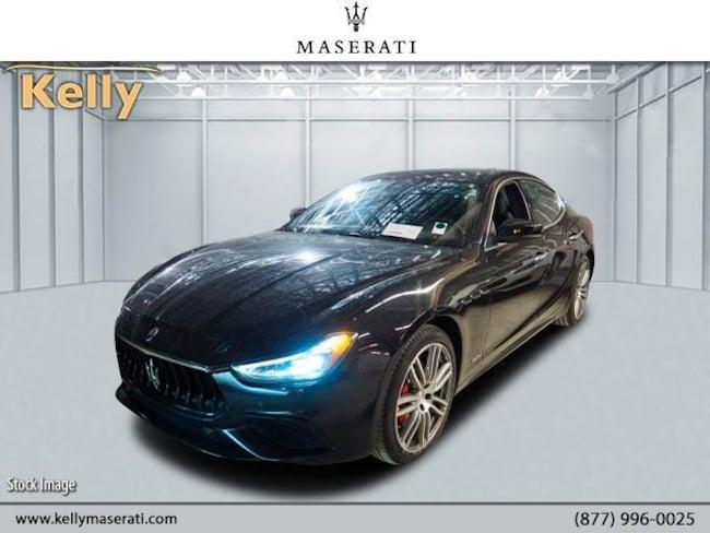 2018 Maserati Ghibli Gransport 3.0L Car