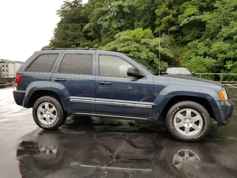 Used 2010 Jeep Grand Cherokee Laredo SUV for sale in Chattanooga, TN