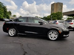 Buy a 2015 Chrysler 200 in Chattanooga