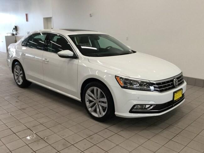 2018 Volkswagen Passat 2.0T SE w/Technology Sedan