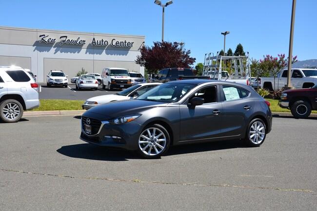 2017 Mazda Mazda3 5-Door Touring Auto Hatchback