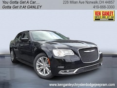 2020 Chrysler 300 TOURING Sedan New Car For Sale in Norwalk, Ohio