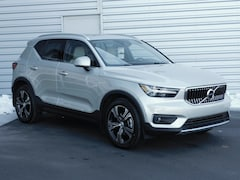 2019 Volvo XC40 Inscription T4 FWD Inscription
