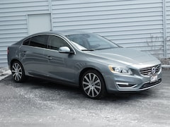 2016 Volvo S60 Inscription T5 Premier Sedan