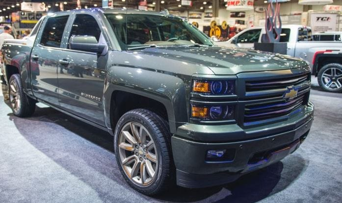 chevy silverado high desert edition exudes refinement. Black Bedroom Furniture Sets. Home Design Ideas