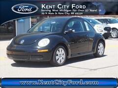 2010 Volkswagen New Beetle S Hatchback