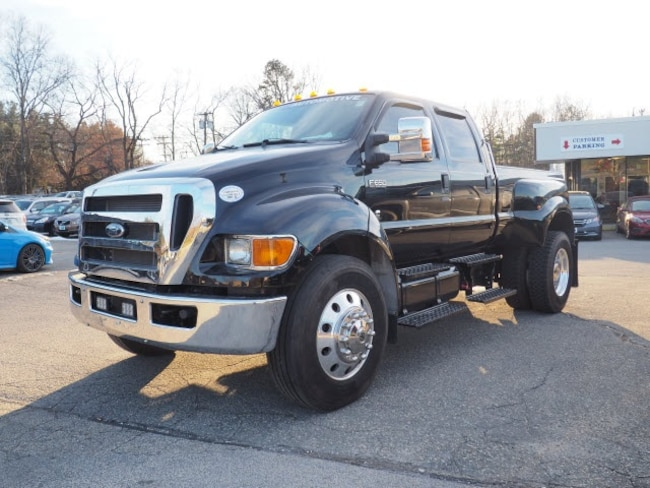 2015 Ford F-650SD Lariat Cab/Chassis