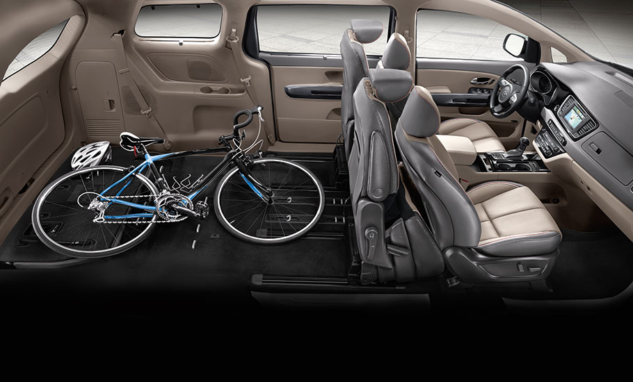 2015 KIA Sedona Interior Seating And Storage