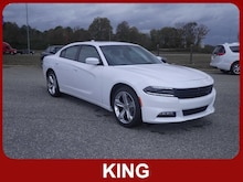 2017 Dodge Charger SXT RWD Rear-wheel Drive Sedan