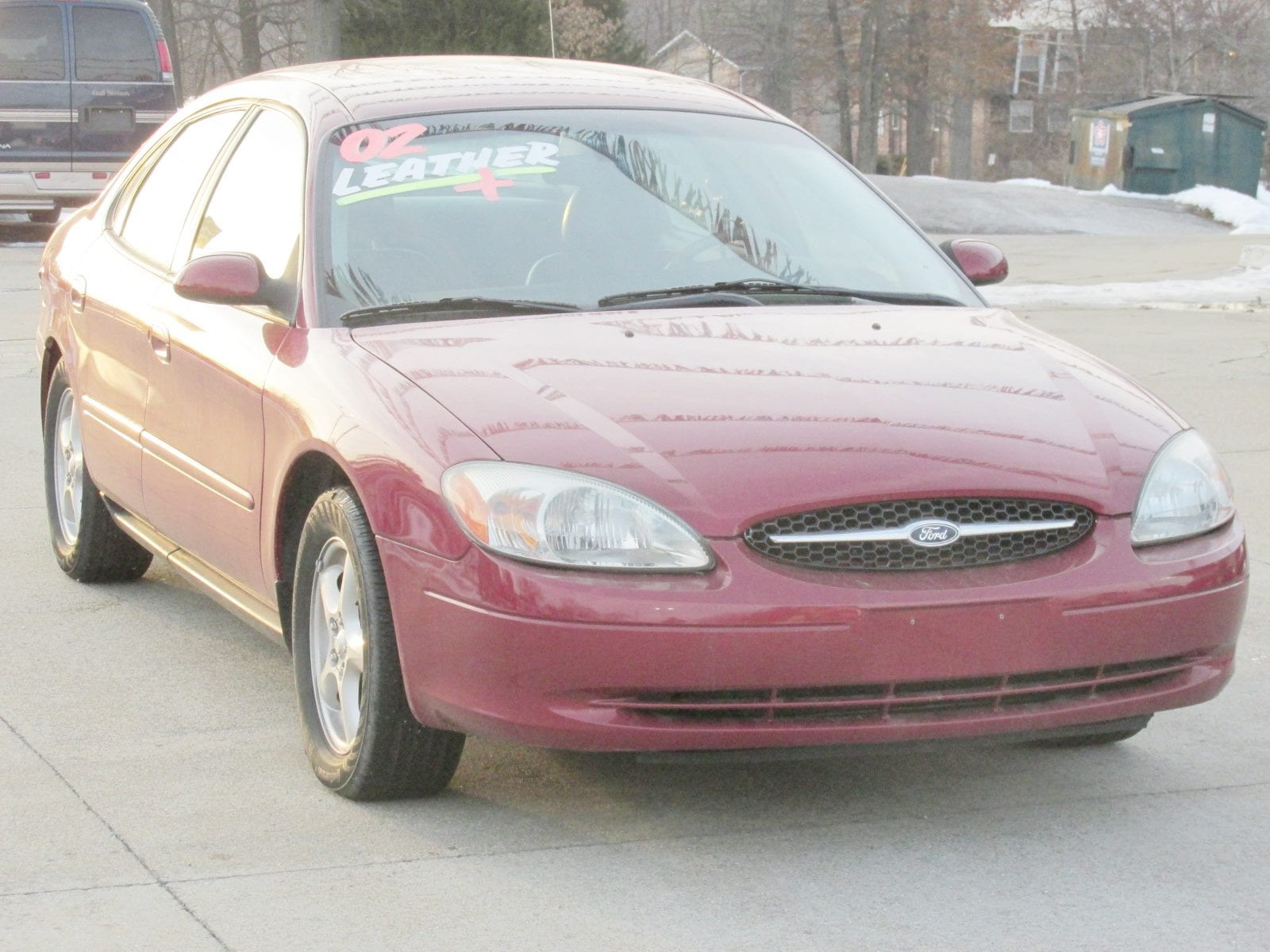 2002 Ford Taurus SES Standard Sedan