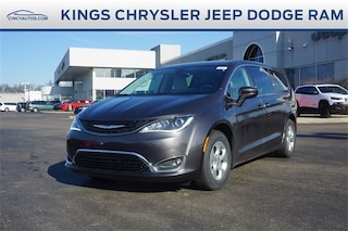 DYNAMIC_PREF_LABEL_INVENTORY_LISTING_DEFAULT_AUTO_NEW_INVENTORY_LISTING1_ALTATTRIBUTEBEFORE 2018 Chrysler Pacifica Hybrid TOURING PLUS Passenger Van DYNAMIC_PREF_LABEL_INVENTORY_LISTING_DEFAULT_AUTO_NEW_INVENTORY_LISTING1_ALTATTRIBUTEAFTER