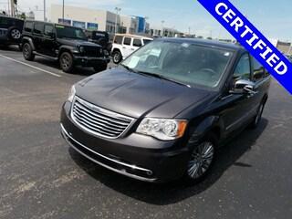 Certified Pre-Owned 2016 Chrysler Town & Country Touring-L Minivan/Van for sale in Cincinnati, OH