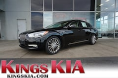 2017 Kia K900 Luxury Sedan