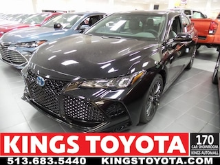 New 2019 Toyota Avalon Hybrid XSE Sedan KU003762 in Cincinnati, OH