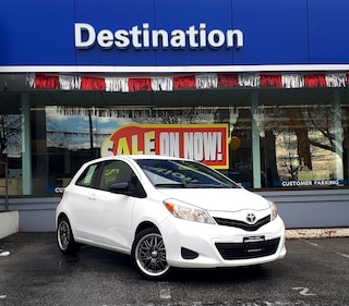 2012 Toyota Yaris * Great On Gas + Mileage ! Hatchback