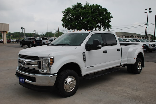 2019 Ford F-350 XLT Crew Cab Long Bed Truck