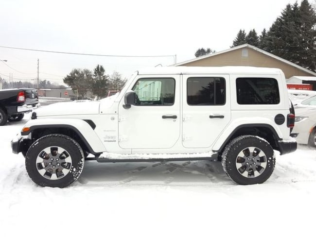 New 2018 Jeep Wrangler UNLIMITED SAHARA 4X4 Sport Utility For Sale/Lease Kent, OH
