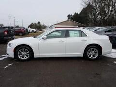 2019 Chrysler 300 TOURING Sedan 2C3CCAAG6KH590780
