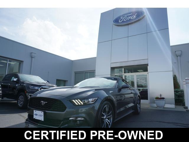 2017 Ford Mustang EcoBoost Fastback Coupe