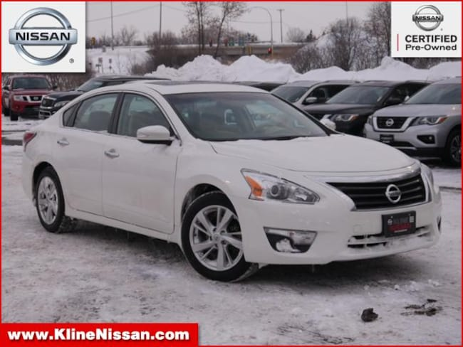 Used 2015 Nissan Altima I4 2.5 SV in Maplewood, MN