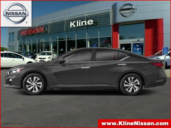 New 2019 Nissan Altima 2.5 SV Sedan in Maplewood, MN