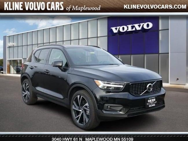 New 2019 Volvo XC40 R-Design SUV in Maplewood, MN