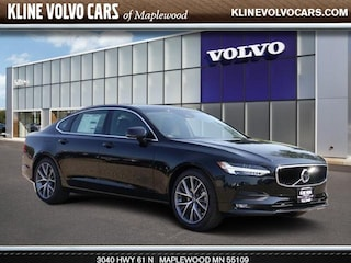 New 2018 Volvo S90 T5 Sedan near Minneapolis, MN