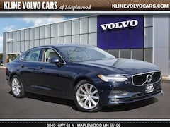 Certified Pre-Owned 2017 Volvo S90 T6 AWD Momentum 2.0l 4cyl Sedan in Maplewood, MN