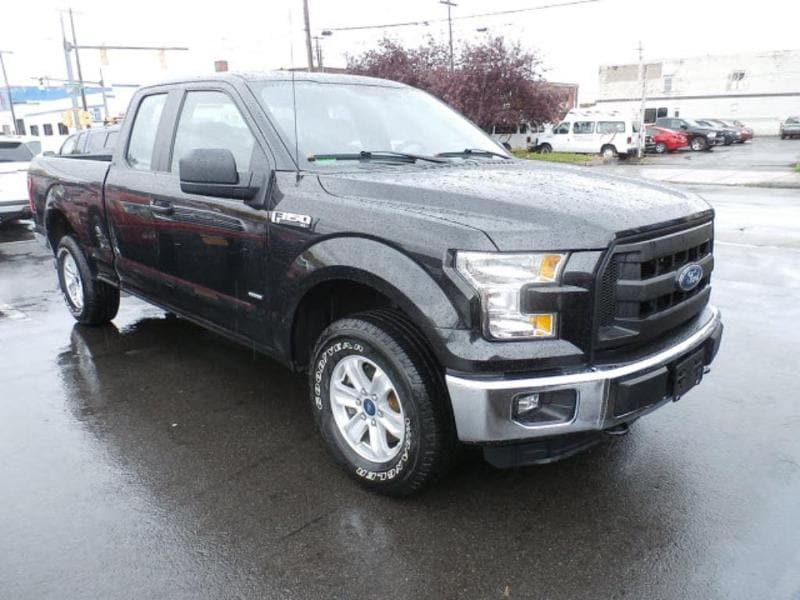 2015 Ford F-150 Lariat Extended Cab Short Bed Truck