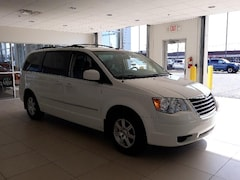 used 2009 Chrysler Town & Country Touring Van for sale in Kokomo